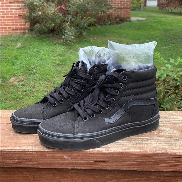 Vans Shoes | Old Skool Hi Black M5w65